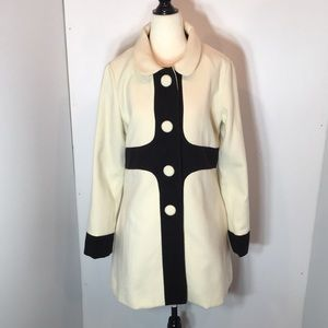 Cream and Black button up Jacket  . Sz M/L lined